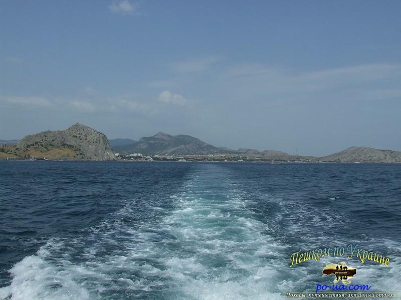 Вид с кормы катера на Судак