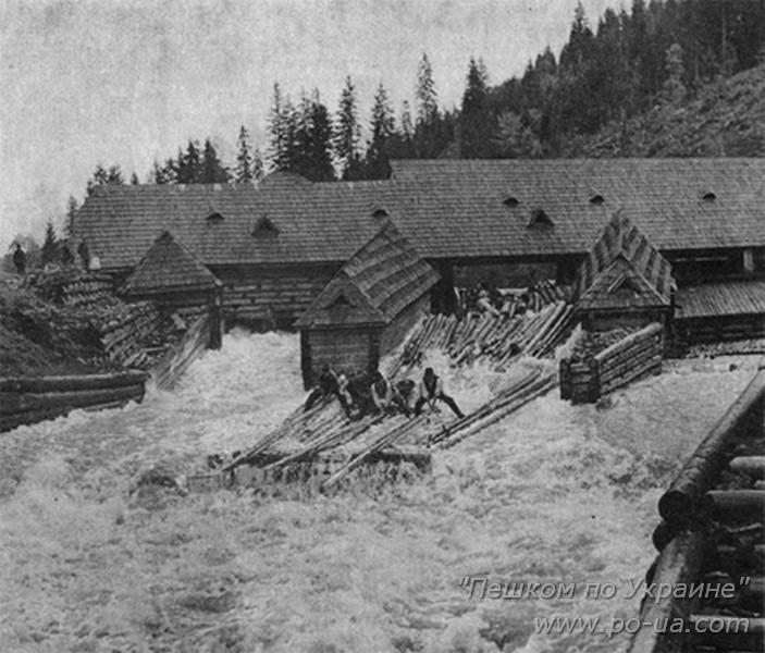 Историческое фото плотины на реке Озерянке. Ныне музей леса и сплава