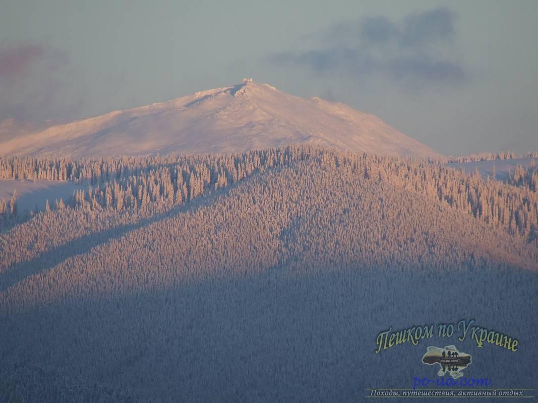 Вид на гору Поп-Иван