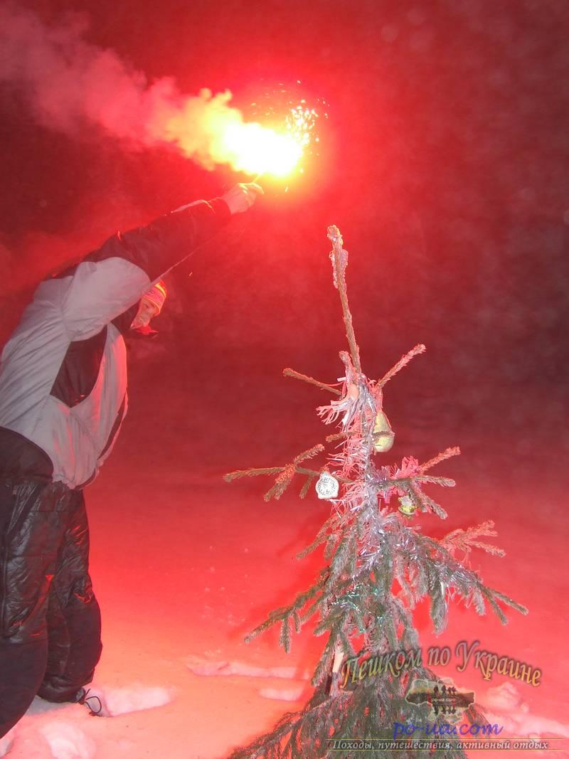 Фейерверк на Новый год в Закарпатье
