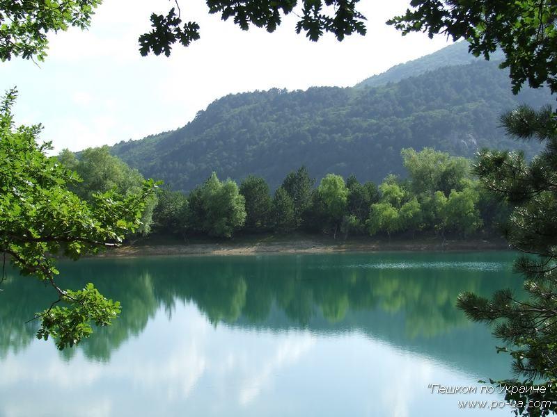 Бирюзовое озеро - в однодневном походе
