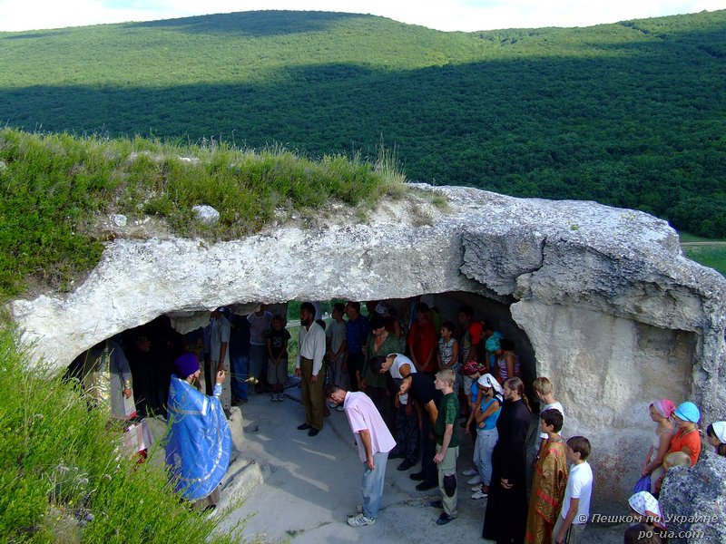 Пещерный храм на Эски-Кермене