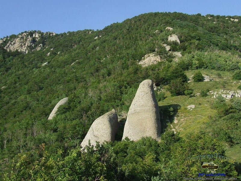 Каменные грибы Демерджи