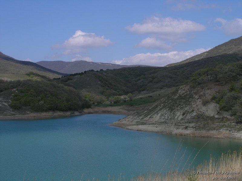 Озеро Армутлук
