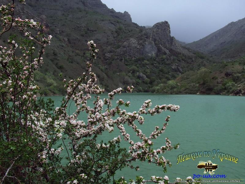 Горное озеро в Зеленогорье