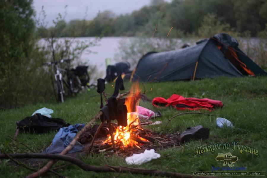 Утром на берегу Десны - Велопоход по Черниговщине на майские праздники 29 апреля – 6(2) мая 2012 года
