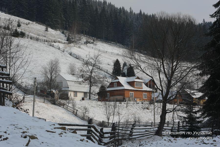 Дом на окраине Ворохты