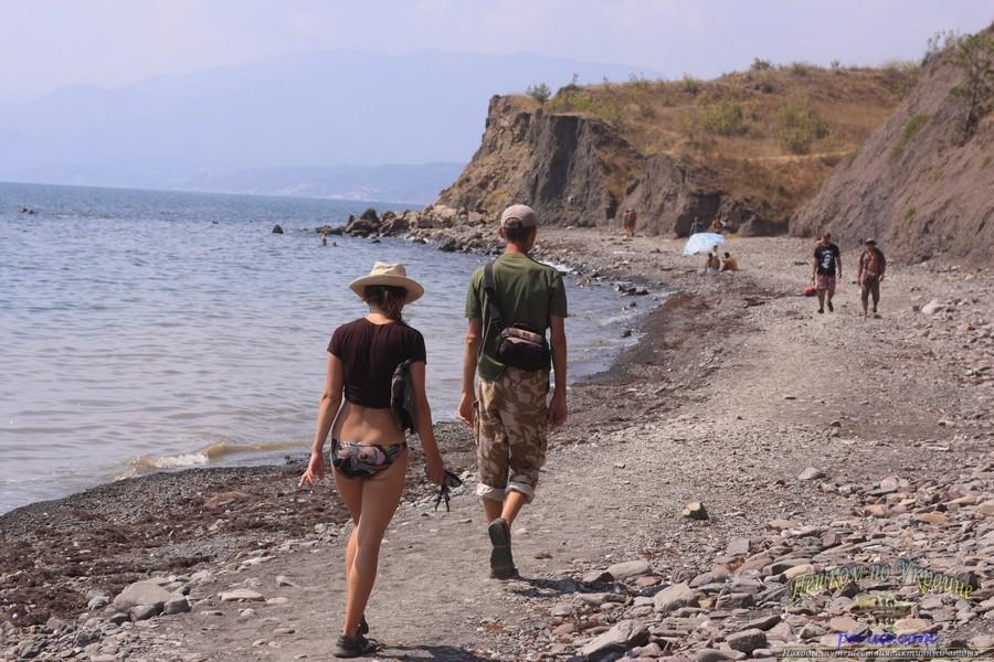 Дикий отдых в Крыму, прогулка к дикому пляжу