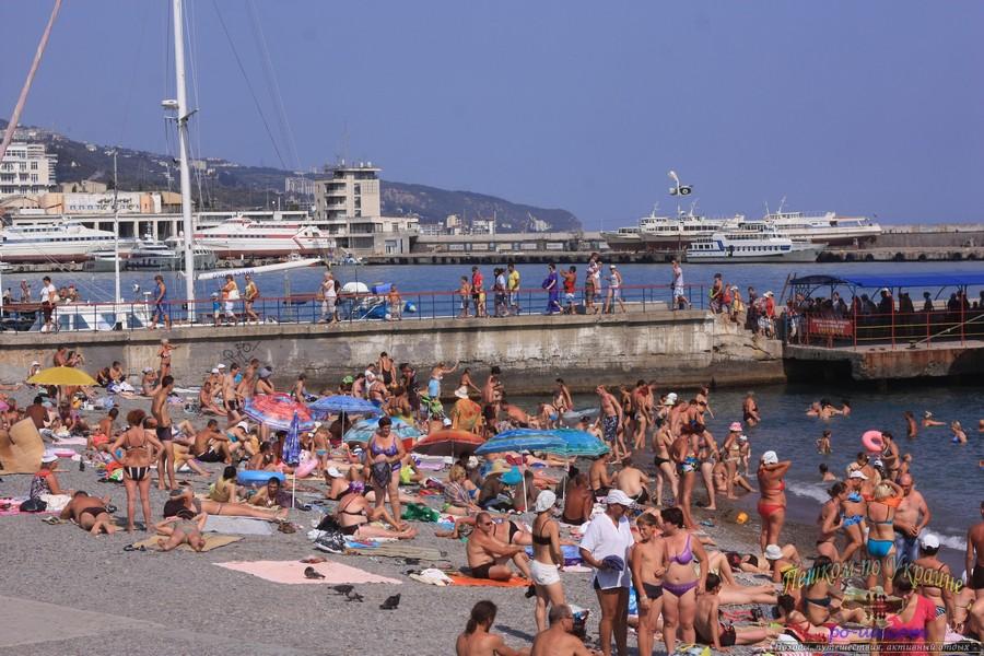 Дикий отдых в Крыму, курортный сезон