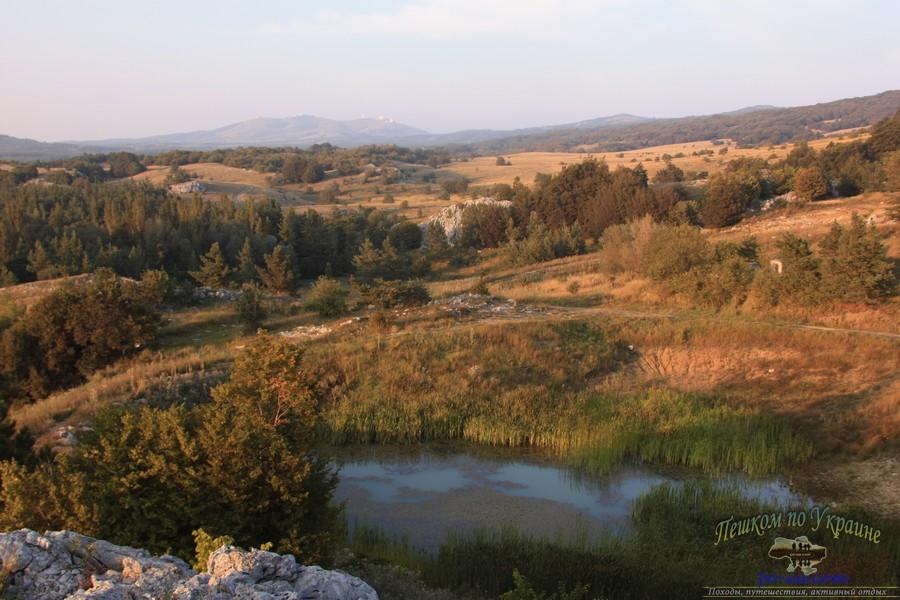 Дикий отдых в Крыму, осенний пейзаж