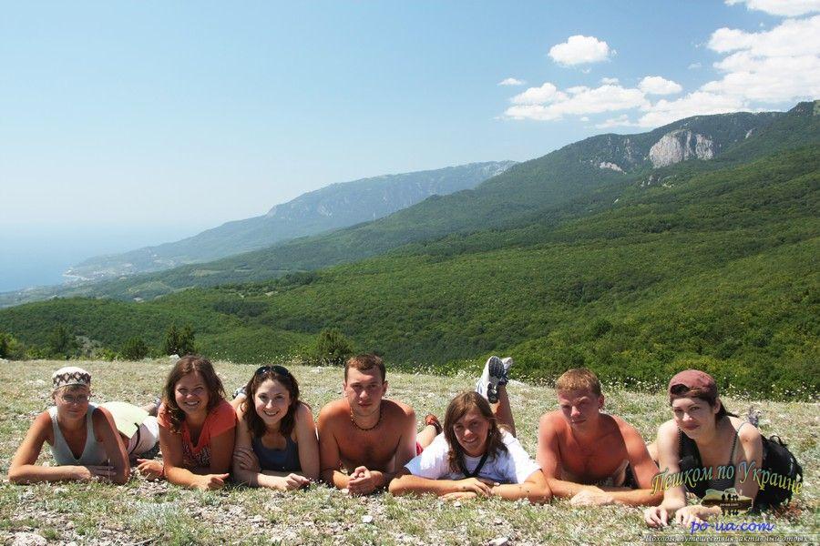 В походе с видом на горы