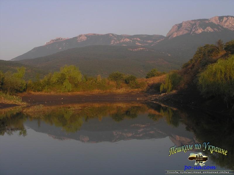 Верхнее озеро, 500 м от кемпинга