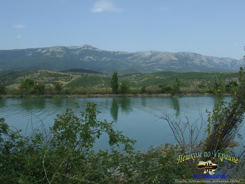 Дальнее озеро, 3км от кемпинга