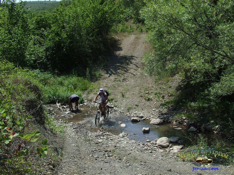на велосипедах по Крыму