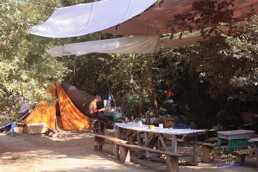 Организация кухни и столовой в летнем лагере, Крым