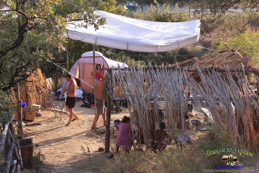 Отдых в палаточном городке на Черном море, турстоянка