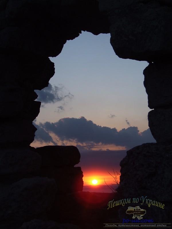 В пещерном городе Мангуп-Кале