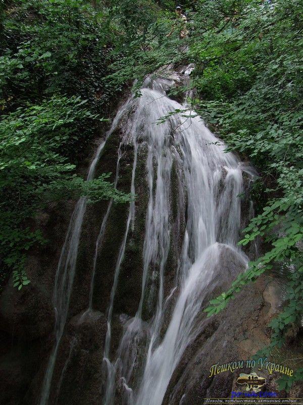 Водопад на реке Алака