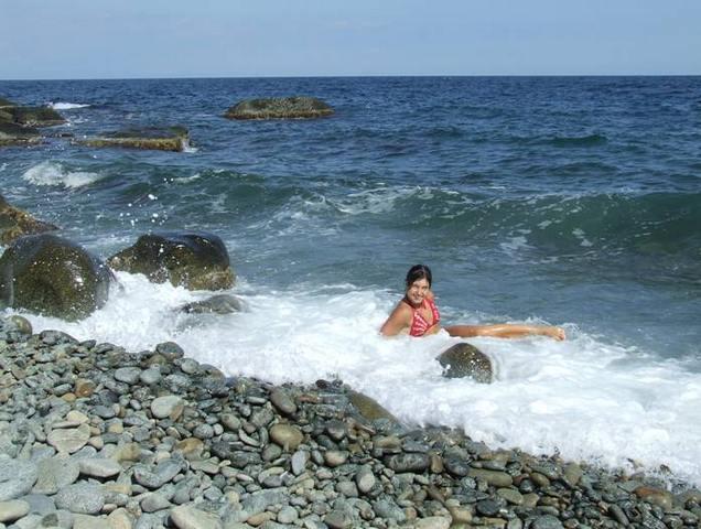 На диком пляже Аю-Дага