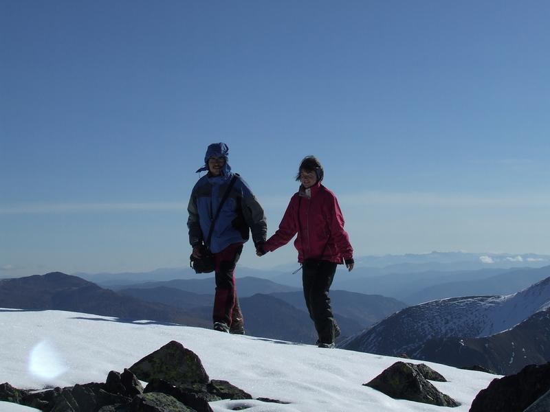 Альпийская пара на Безымянной вершине(2436м)
